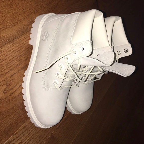 NEW GHOST WHITE TIMBERLAND LIMITED EDITION